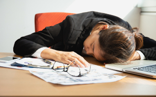 Cum pot evita companiile burnout-ul angajatilor